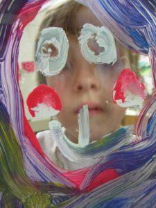 Bunte Aussichten – Hinterglasmalerei